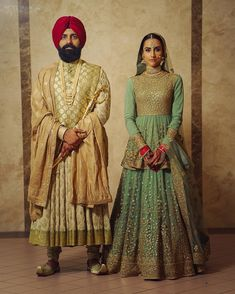 This sea green lehenga with intricate golden work and a peplum style blouse looks so classy. South Indian Bride, Indian Bridal, Indian Groom, Sabyasachi Bride, Green Lehenga, Bridal Lehenga, Bridal Lenghas, Bridal Outfits, Indian Outfits