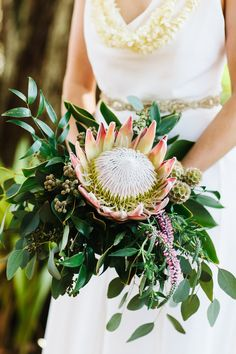 Rustic Hawaii Wedding | Bridal Bouquet by Marie Blooms Floral | Oahu Wedding Photography by Absolutely Loved http://www.absolutelyloved.com
