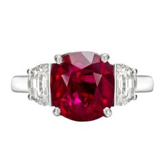 Exquisite Oval-Cut Ruby & Diamond Ring