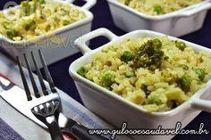 Bora fazer um #almoço fácil e delicioso, é o Risoto de Arroz Integral com Legumes, vai agradar muito.  #Receita aqui: http://www.gulosoesaudavel.com.br/2013/03/18/risoto-arroz-integral-legumes/
