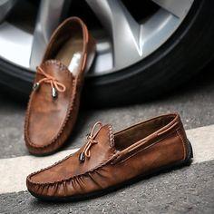 Casual Leather Loafer Moccasins For Men Mens Moccasins Loafers, Leather Loafer Shoes, Loafers Men, Burberry Men, Gucci Men, Hermes Men, Mocassins Luxe, Men's Shoes, Dress Shoes