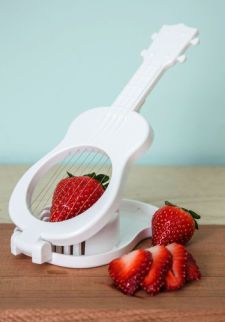 Tropical Tunes Slicer | Mod Retro Vintage Kitchen | ModCloth.com