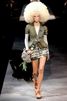 982dd36c8854 Louis Vuitton Spring 2010 Ready-to-Wear Collection - Vogue Louis Vuitton  Clothing