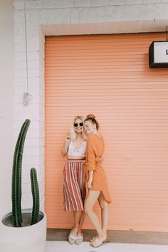 Striped Skirt in Bali – Aspyn Ovard Best Friend Pictures, Bff Pictures, Beach Pictures, Best Friend Goals, Best Friends, Friend Poses, Gal Pal, How To Pose, Stripe Skirt