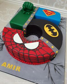 Justice league themed no 5 novelty cake, with batman, superman, spiderman and hulk. Inside chocolate mud cake filled with dark chocolate ganache. Hulk Birthday, 5th Birthday Cake, Superhero Birthday Cake, Avengers Birthday, Boy Birthday, Superhero Party, 5th Birthday Ideas For Boys, Hulk Torte, Hulk Cakes