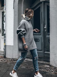 grey-oversize-sweater-casual-fall-outfit-bmodish.jpg 694×948 pixels