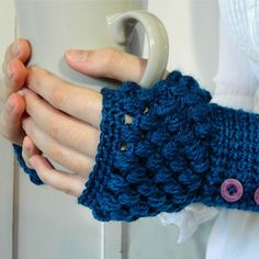 ♫ These are a few of my favourite things. ♫: Perfect Solutions! ~ Puff Stitch Fingerless Gloves Pattern