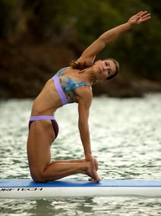 Paddle Board Yoga - An introduction for beginners - Paddleboard Paradise Paddle Board Yoga, Standup Paddle Board, Yoga Inspiration, Fitness Inspiration, Best Weight Loss, Weight Loss Tips, Sup Stand Up Paddle, Sup Yoga, Sup Surf