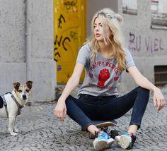 Get this look: http://lb.nu/look/7827186  More looks by Ebba Zingmark: http://lb.nu/ebbaz  Items in this look:  Happy People Tee, Lee Jeans, Adidas Sneakers, Otto Long Board, Jane Koenig Earrings   #casual #sporty #street