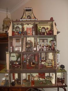 Interior pic Lindas Miniature Musings: The Revamping of my second Beacon Hill :D