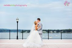xenia and aaron kiss at molly pitcher inn