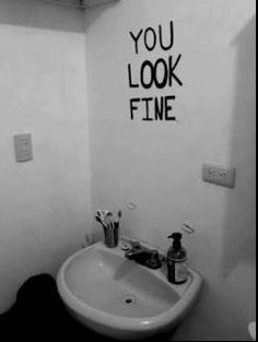 who needs a mirror?
