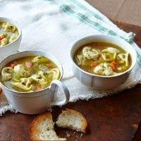 TORTELLINI in PESTO BROTH  Panera Bread Recipe   Serves 6   1 tablespoon olive oil  1/2 onion, finely chopped  1 carrot, finely chopped ...