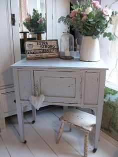 Painted antique washstand by Lavender House Vintage