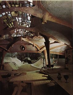Arcosanti, desert home of architect Paolo Soleri. Wow. I've always been curious about this place.