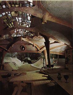 Arcosanti, desert home of architect Paolo Soleri. / The Green Life <3