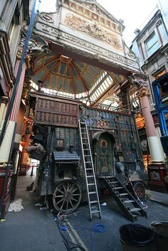The Imaginarium of Doctor Parnassus, Leadenhall Market