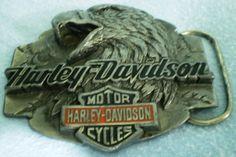 Harley-Davidson Eagle Head and Classic Logo Belt Buckle by Siskiyou 1992 Harley Davidson Belts, Harley Davidson Merchandise, Eagle Head, Belt Buckles, Logo, Classic, Derby, Logos, Belt Buckle