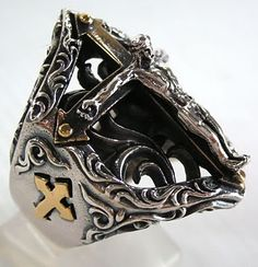"""Jesus Crucifix silver cross biker ring. Ring weight : 20 Grams. Ring face measures : 1"""" x 1 1/4"""" inches."""