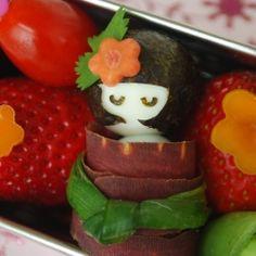 A little quail egg girl bento to celebrate Girls' Day (Hinamatsuri)!