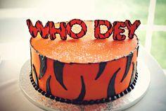 Cincinnati Bengals grooms cake   viva bella events   Leah Robbins Photography