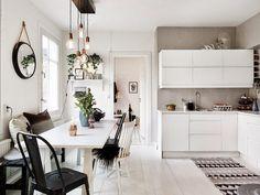 découvrir l'endroit du décor : SUMMUM SCANDINAVE / Get started on liberating your interior design at Decoraid (decoraid.com)
