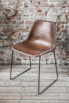 Leather Chair Sol Y Luna Raw Materials Amsterdam Www Rawmaterials Nl