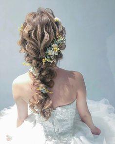 編みおろし人気の火付け役♡「日本編みおろし会★スター軍団」特集♡ Braided Bun Hairstyles, Braided Updo, Bride Hairstyles, Pretty Hairstyles, Updo Hairstyle, Hairstyle Wedding, Softball Hair Braids, Side Braid Wedding, Hair Arrange