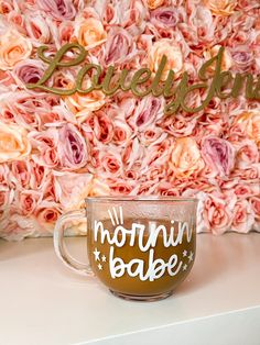 Clear Coffee Mugs, Glass Coffee Cups, Cute Coffee Mugs, Coffee Lover Gifts, Coffee Lovers, Starbucks Cup Gift, Diy Glasses, Morning Drinks, Custom Cups
