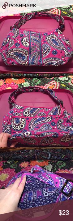 Vera Bradley on the go boysenberry EEUC no stains or wear. Outside has 2 slip pockets on sides of bag, back has full length zipper. Main compartment is a zip closure. Inside 3 slip pockets. Vera Bradley Bags Crossbody Bags