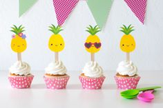 'Party like a Pineapple' Party Ideas + FREE printables Luau Cupcakes, Pineapple Cupcakes, Pineapple Ideas, Party Printables, Free Printables, Carribean Party, Cupcake Toppers Free, Baby 1st Birthday, Birthday Ideas
