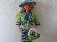 Häkelanleitung Barbie Set 4 teilig Kleid, Jacke, Hut, Tasche,Hellgrün/Mittelgrün/Blau/Weiß