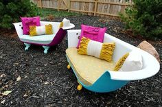 Love how this person upcycled an old claw foot tub into a couch!
