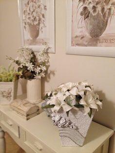 yobanka manualidades: darle nueva vida a un mueble, unos jarrones y un par de cuadros