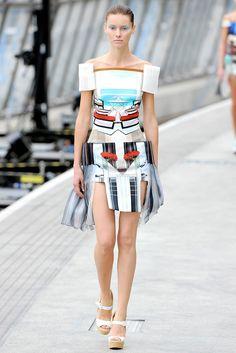 Mary Katrantzou Spring 2011 Ready-to-Wear Fashion Show