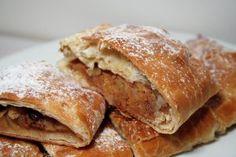 Empanadas dulces de manzana y canela.
