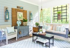 34 Amazing Screened Porch Decorating Ideas - If you have a screened in porch or an all season room, chances are that is where you spend most of your time, relaxing and watching nature or the neig. Small Screened Porch, Screened In Porch Furniture, Screened Porch Decorating, Small Sunroom, Small Patio, Outdoor Rooms, Outdoor Decor, Outdoor Living, Outdoor Kitchens