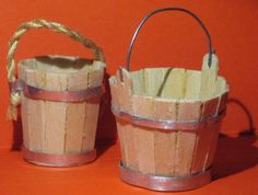 how to make miniature rustic wood slat bucket - good for carrying water at well or containing apples Fairy Furniture, Miniature Furniture, Doll Furniture, Dollhouse Furniture, Dollhouse Tutorials, Diy Dollhouse, Dollhouse Miniatures, Fairy Garden Accessories, Dollhouse Accessories