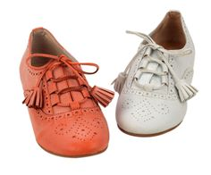 adorable + chic. i <3 brogues and oxfords.