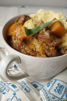 Lamb Stew with Butternut, Apples and Ginger {AIP, GAPS, SCD, Paleo} – Healing Family Eats