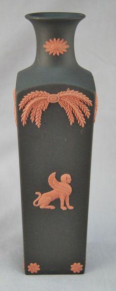 """Wedgwood Egyptian Black & Orange Jasperware Terracotta 7"""" Flower Vase (0988)"""