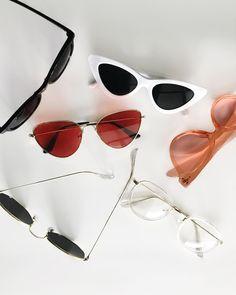 I N S T A G R A M   CHANECOLOJA 🕶 Quem aí ama um óculos retrô  Nós amamos  tanto que f1c1e5d70a
