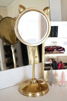If this isn't the cutest desktop mirror you've ever seen, you're lying. It's the purrfect option for a beauty lover, a college-bound girl, or just a regular old cat lover.