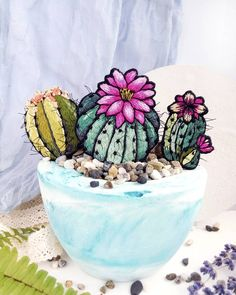 Вышитая гладью брошь Кактус. Embroidered brooch Cactus
