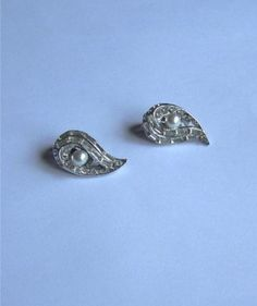 Silver Plate Vintage Clip On Retro Earrings by annimae182 on Etsy, $20.00