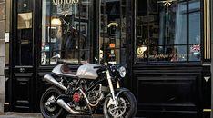 Ducati 1000 S Hermanus Volante, à vendre chez Legend Motors Lille. Ducati 1000, Ducati Cafe Racer, Cafe Racer Motorcycle, Cafe Racers, Ducati Sport Classic 1000, Scrambler Custom, Classic Car Insurance, Classic Bikes, Custom Bikes
