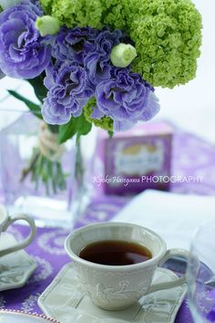 tea time with white cup and square saucer, on purple tablecloth with purple and chartreuse flower arrangement Coffee Love, Coffee Break, Morning Coffee, Coffee Cups, Tea Cups, Coffee Shop, Coffee Gif, Happy Coffee, Pause Café