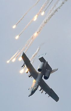 A-10 dropping flares.