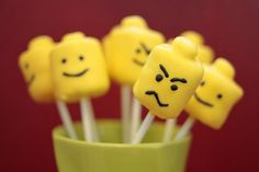 @Jennifer Schellhase lego head marshmallow pops -- seriously need to have a lego party for jack so that we (and when i say we i mean you) can have a cool lego party for jack with all this lego stuff i find on pinterest! so cute!