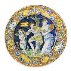 Plat d'apparat : Orphée, Eurydice et l'Amour, Gubbio o Deruta (?), début du XVIe siècle. MAD 1694. Don Gillet, 1955. © Musée des Arts décoratifs de Lyon, Pierre Verrier.